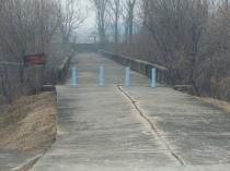 korean-bridge-to-nowhere